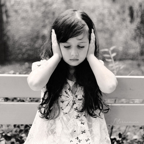 beautiful-black-and-white-child-silence-Favim_com-125905_large