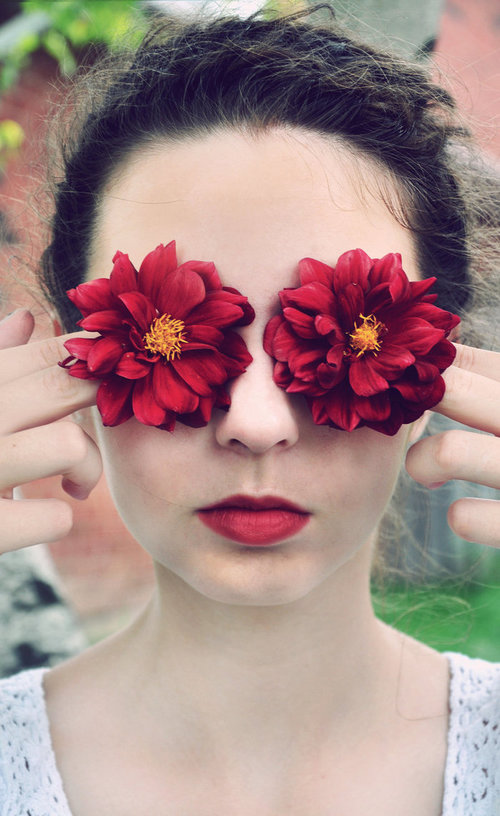 Flower_Eyes_by_EmilyScherz_large