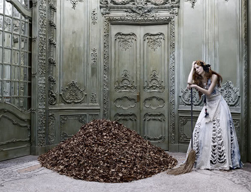 architecture-autumn-cinderella-cleaning-dress-eugenio-recuenco-Favim.com-40298_large